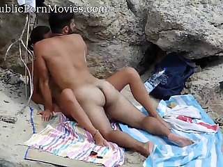 Spying couple fucking hidden at the beach - www.VoyeurGirlsOnCam.com