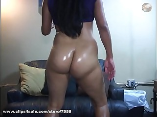 oily soft booty shake 001