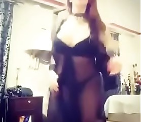 Saudi Arab Girl Webcam Dance