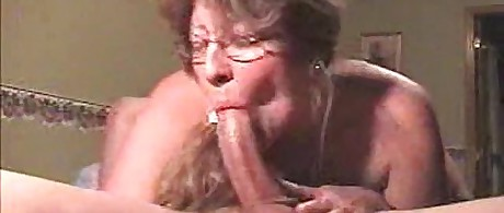 Down Deepthroat: Free Mature HD Porn VideoxHamster