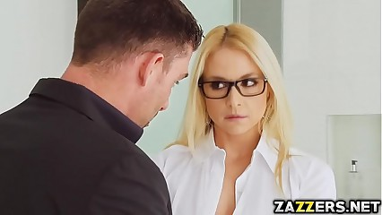 Blonde Sarah got double penetrated by two big cocks