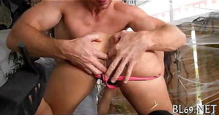 Nasty ebon receives her cunt drilled