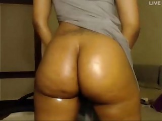 Thick Webcam Ebony Booty - See more at faporn69.com