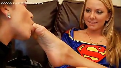 Catwoman Worships Superwomans And Wonderwomans Feet
