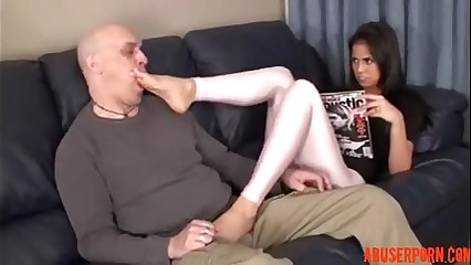 Stepdaughter Knows He Stands on Feet, HD Porn: xHamster  - abuserporn.com