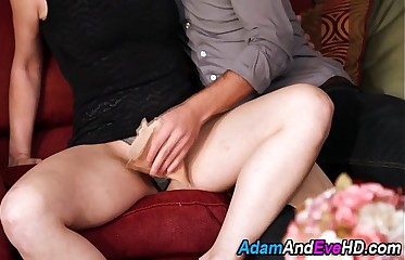 Babe sucks hard cock
