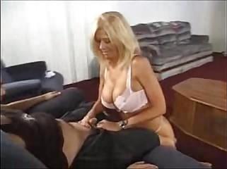 Leslie La roux Handjob -