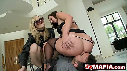 Bubble Butt Alexis Texas & Her Slave On A Leash Jada Stevens Ass-Fucked