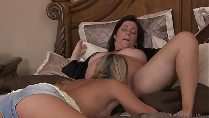 MILF Babe Elexis Monroe Helps Alicia Silver Cum