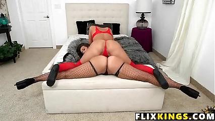 Two perfect asses Kelsi Monroe, Victoria Webb 1 61