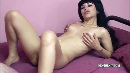 Latina Sophia is getting banged by an old dude
