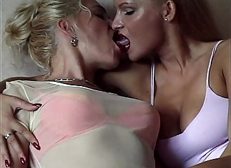 Now that's lesbian sex