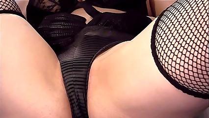 Closeup pussy masturbation