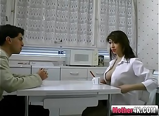 Dark haired milf gets pussy banged in bedroom