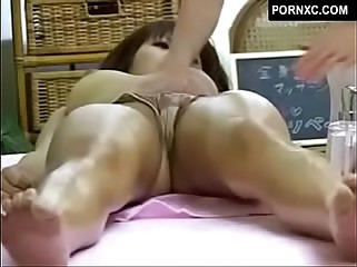 Japanese girl on girl sex massage - hidden cam in massage parlor