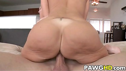 Big ass MILFS get banged