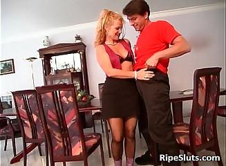Mature slut rides huge cock on the floor