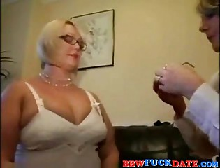 Fat mature women nylon stockings