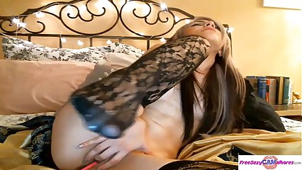 Hot CamGirl Teen with shaved pussy and sexy titties is better than Mia Khalifa