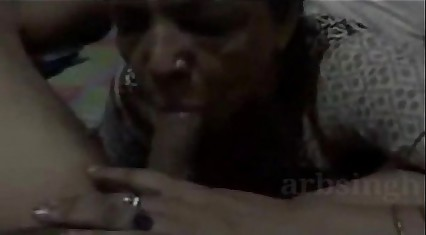 neighbor aunty giving me blowjob like a pro ,when alone in home. ganu