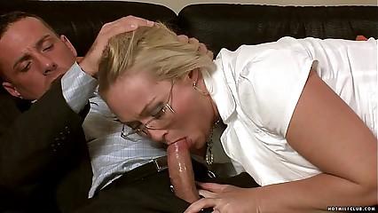 MILF Barbara sucks on a hard young shaft