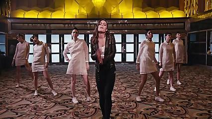 Albatraoz (Porn Music Video)