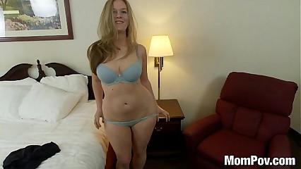 Curvy natural tits amateur milf fucks