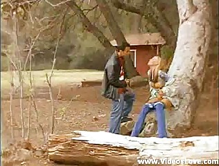 BlowJob in Public Park - Sexy Blonde