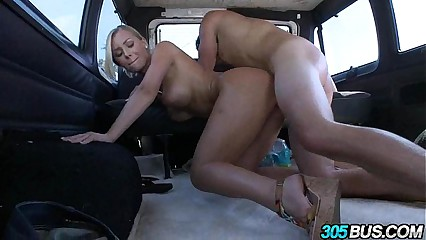 Wild & Crazy fucking with Nicole Aniston.5