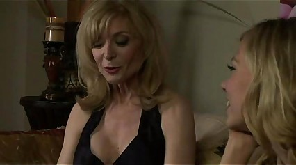 Nicole Ray and Nina Hartley enjoying pussy