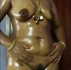 Tamil Aunty Nude Dance