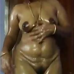 Pavi - Desi wife Nude Dance