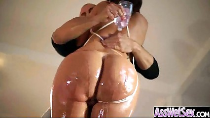 Girl With Huge Round Ass Get Oiled And Bang Hard video-30