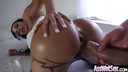 Deep Anal Bang On Cam With Big Round Butt Oiled Girl (jewels jade) vid-10