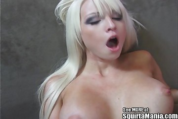 Blonde Dingbat Rikki Six SQUIRTAMANIA!
