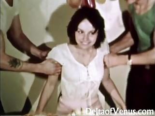 Vintage Erotica 1970s - Hairy Pussy Girl Has Sex - Happy Fuckday