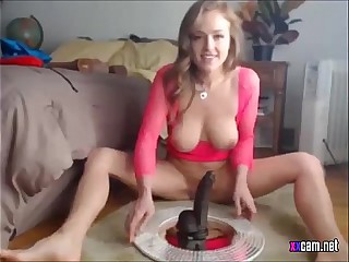 Webcam Model Riding Dildo - xxcam.net