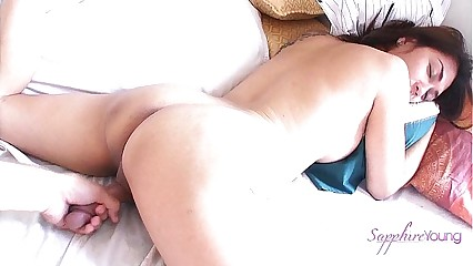 Amateur Shemale Sapphire Young Getting A Special Morning Wake Up