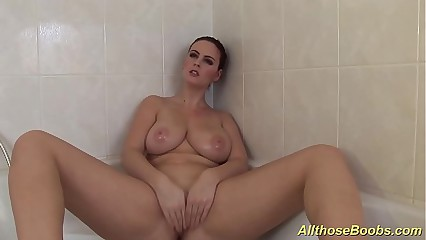 big natural breast babes takes a hot shower