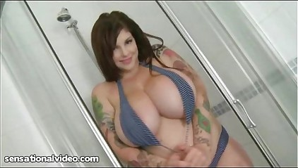 Big Tit Goth Babe Soaps Up Her Huge Juggs In Shower