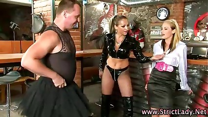 Bdsm pathetic latex sissyboy spanked