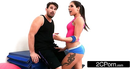 Tiny Latina Bombshell Jynx Maze Fucked Up Her First Class Yoga Ass