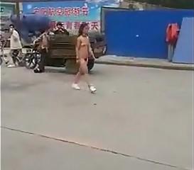 china women walks nude on road 4all prythm.nibblebit.com