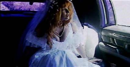car sex - bride in white stocking limo fuck
