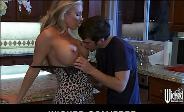 Stunning blonde Samantha Saint cums on her kitchen counter