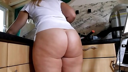 Amateur Voyeur Milf more videos on linecams.com