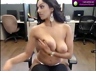 Hot Indian Girl Webcam on cam