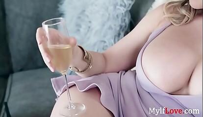 MOM sticks her tits out to seduce SON- Kagney linn karter