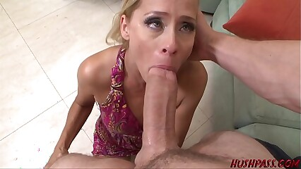 Payton Leigh Engulfs the Huge Dick of Whitezilla