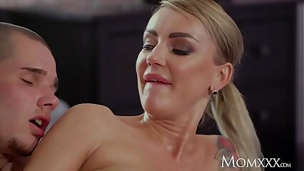 MOM Cheating big tits stepmom Elen Million seduces big Vito